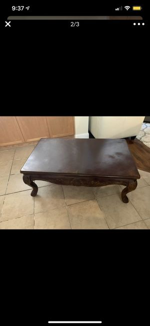 Coffee table with end table for Sale in Turlock, CA