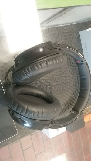 Sony wh-ch700n bluetooth noise cancelling headphones for Sale in Newport News, VA