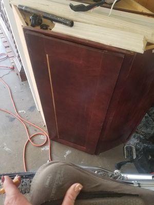 Kitchen corner cabinet for Sale in Elk Ridge, UT