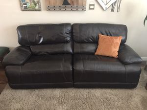 Leather reclining couch and reclining chair for Sale in Livermore, CA