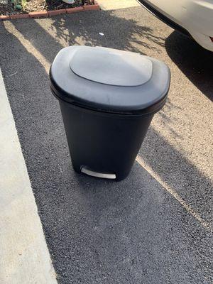 Trash can for Sale in Lovettsville, VA