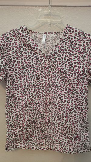 Scrub top for Sale in Sanger, CA
