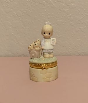 """Precious Moments """"God Loveth A Cheerful Giver"""" 1998 for Sale in Clermont, FL"""