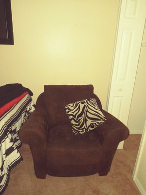 Brown chair excellent condition for Sale in Palm Bay, FL