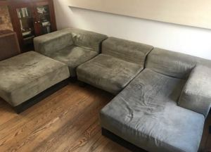 Couch Sectional free delivery for Sale in Los Angeles, CA