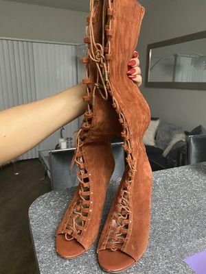 suede heels 7.5 for Sale in Dallas, TX