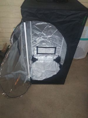 Topogrow 24x24x48 grow tent for Sale in Denver, CO