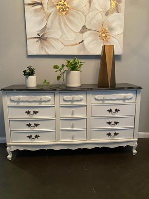 Dreeser $220 Ofresca for Sale in Victorville, CA
