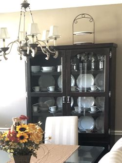 Dining Room China Hutch for Sale in Humble,  TX