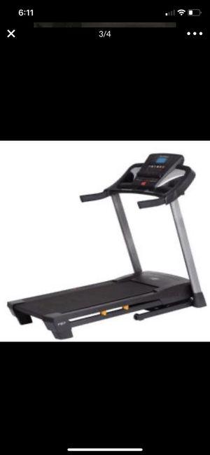Nordictrack T5.7 Folding Treadmill for Sale in Edison, NJ