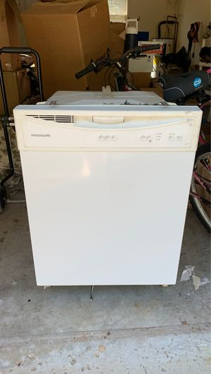 FREE Dishwasher for Sale in Clarksville, TN