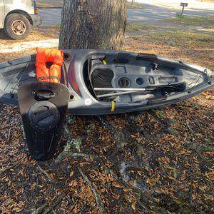 Ozark Trial Angler 10 Kayak Grey for Sale in New Port Richey, FL