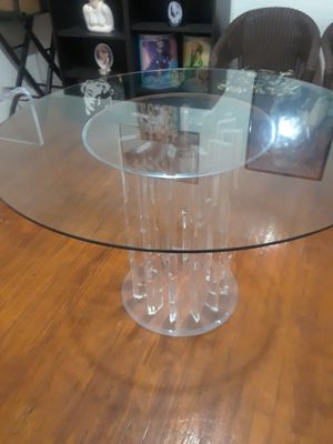 48 inch round beautiful Lucite table for Sale in NW PRT RCHY, FL
