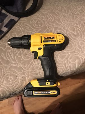 Dewalt 20 volt compact drill/ driver kit for Sale in Portland, OR