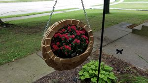 Hanging flower baskets made to order handmade. for Sale in Davenport, IA