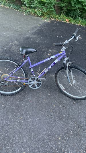 Polomma GT mountain bike. Great condition. Seat a little loose on bike but still in great overall condition for Sale in Woodbridge, VA