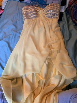 Yellow High Low Dress. Size 7/8 for Sale in Cary, IL