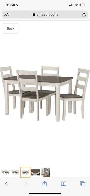 Dining table 4 chairs for Sale in Columbus, OH