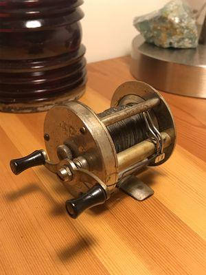 Triumph fishing reel for Sale in New Paltz, NY