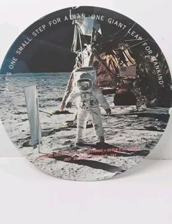 1969 TEXAS WARE MAN ON THE MOON COLLINS ALDRIN ARMSTRONG COLLECTORS PLATE for Sale in Los Angeles,  CA