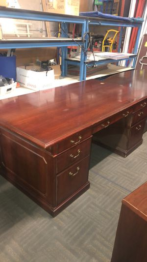 Wood Desk for Sale in Fort Worth, TX
