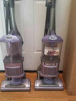 NEW cond SHARK NAVIGATOR VACUUM. LIFT-AWAY MODEL , WITH AMAZING POWER SUCTION, WORKS EXCELLENT, for Sale in Auburn,  WA