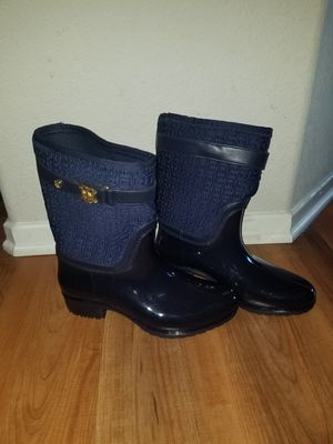 Tommy Hilfiger rain BOOTS for Sale in Los Angeles, CA