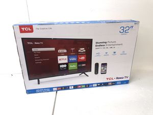TCL 32-inch 720p Smart Roku TV 32S301 for Sale in Kirtland, OH