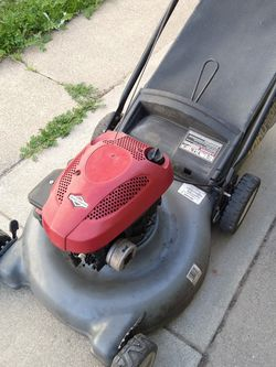 "Craftsman 160cc (21"") (fully maintenance) (ready to mow) Lawn Mower for Sale in Garden Grove,  CA"