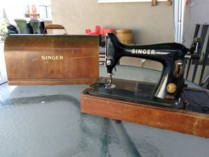 1958 Vintage Singer Sewing Machine 99K With Case / Needs Work But Comes With Parts / Best Fair Offer for Sale in Fullerton, CA