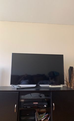Samsung tv led 48 inches for Sale in Cheektowaga, NY