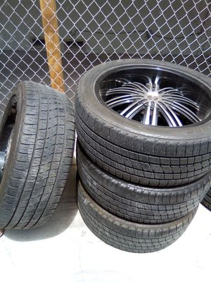 RIMS AND TIRES 22INCH UNIVERSAL 6 LUGS for Sale in Las Vegas, NV