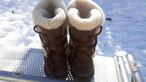 Womans uggs size 8 for Sale in Morrison, CO