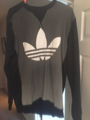 Adidas sweater 2xl for Sale in Nashville, TN