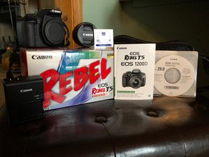 FOR SALE: T5 Rebel EOS Camera for Sale in Mooresville, IN
