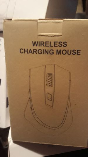 Wireless charging mouse for Sale in Harrisburg, PA