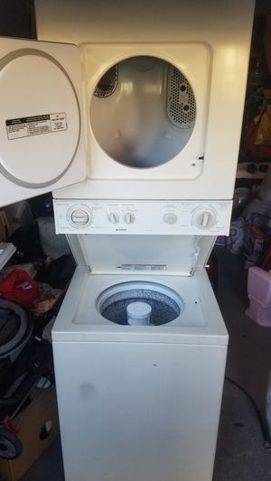 Kenmore washer and dryer combo clean for Sale in Moorpark, CA