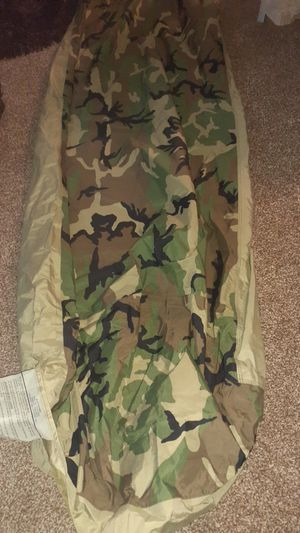 Bivy cover/sleeping bag/US GOVT ISSUE. NEW for Sale in McKnight, PA