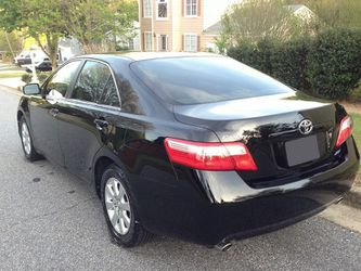 Very Nice 2007 Toyota Camry XLE FWDWheels for Sale in Glendale,  CA
