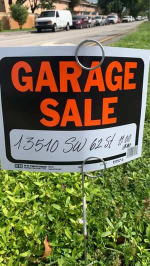 Art sale, video games, shoes, quality clothing. for Sale in Miami, FL
