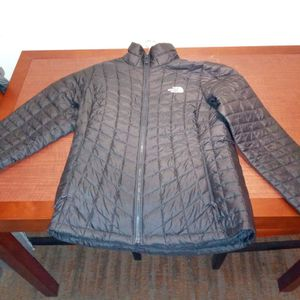 Women's North Face Jacket for Sale in Columbus, OH