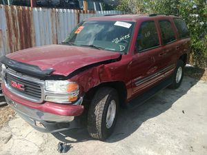 Parting out 2004 GMC Yukon for Sale in Orlando, FL