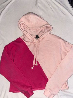 rue21 color split cropped hoodie for Sale in Moreno Valley, CA