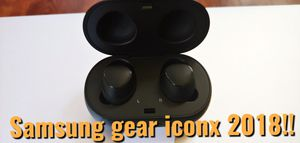 Like New Samsung Gear iconx 2018 wireless Headphones. for Sale in Frisco, TX