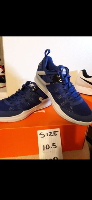 NIKE SIZE 10.5 FOR MEN for Sale in Highland, CA