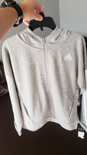 ⭐BRAND NEW⭐ ADIDAS GRAY HOODIE AND POCKET⭐ for Sale in Miami, FL