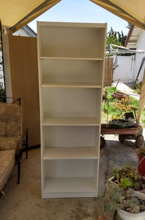 White bookcase/shelf for Sale in San Diego, CA
