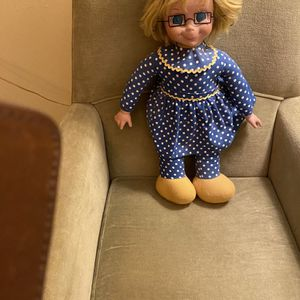 Timeless and Classic Talking Mrs. Beasley Doll for Sale in Suffolk, VA