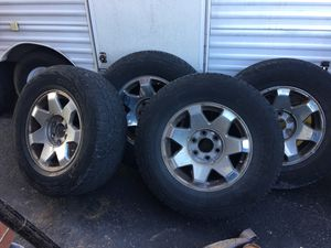 265/70/17 tires/rims Chevy for Sale in PA, US