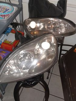 03 Mercedes S500 Headlights for Sale in Charlotte,  NC